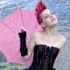 Панк с зонтиком